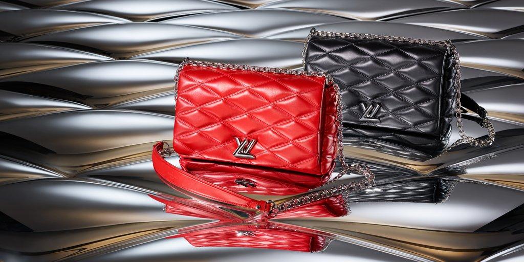 The #LouisVuitton GO-14, a perfect gift for the fashionsta on your list #LVTimeforGiving https://t.co/47DpaVvxoM https://t.co/HmP1nM2KhQ