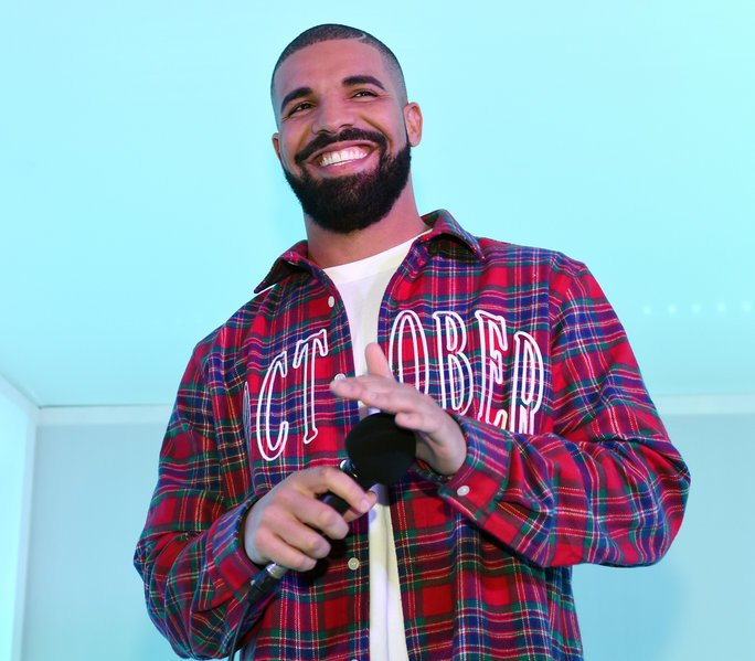 .@Drake's career just hit another *major* milestone: https://t.co/UDHXYQxAOH https://t.co/pWeIUjNt7c