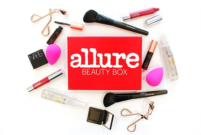 Here's everything inside the limited-edition #AllureBeautyBox (on sale now)! https://t.co/LagBSs2RMC https://t.co/3gKrSvpTOS