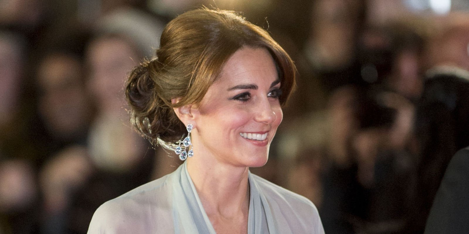 You will NEVER guess who Kate Middleton is getting style advice from: https://t.co/GHVyc30iNQ https://t.co/6LTgblcPqG