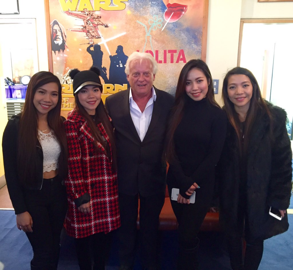 The beautiful @4thImpactMusic came to see us today!! Here with our MD Roger Morris #XFactor #4thImpact https://t.co/H4OWgUEBSw