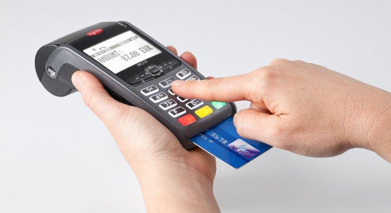 Record di Pagamenti con Bancomat e Carta di credito.