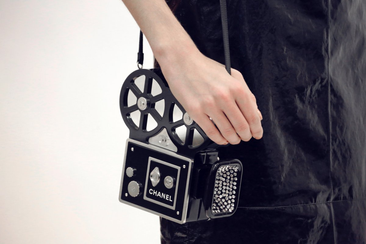 The camera clutch from the Paris in Rome 2015/16 Métiers d'Art collection #chanelmetiersdart #parisinrome