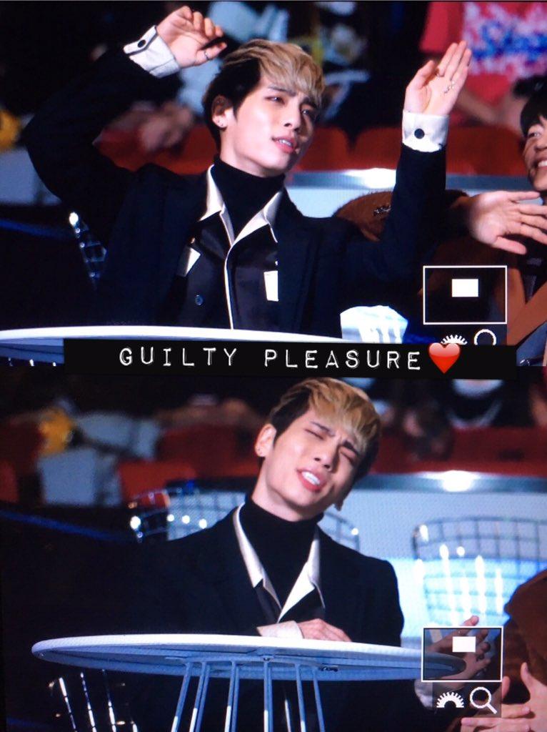 151202 Jonghyun @ MAMA 2015 CVPGtoPUwAA5OSI