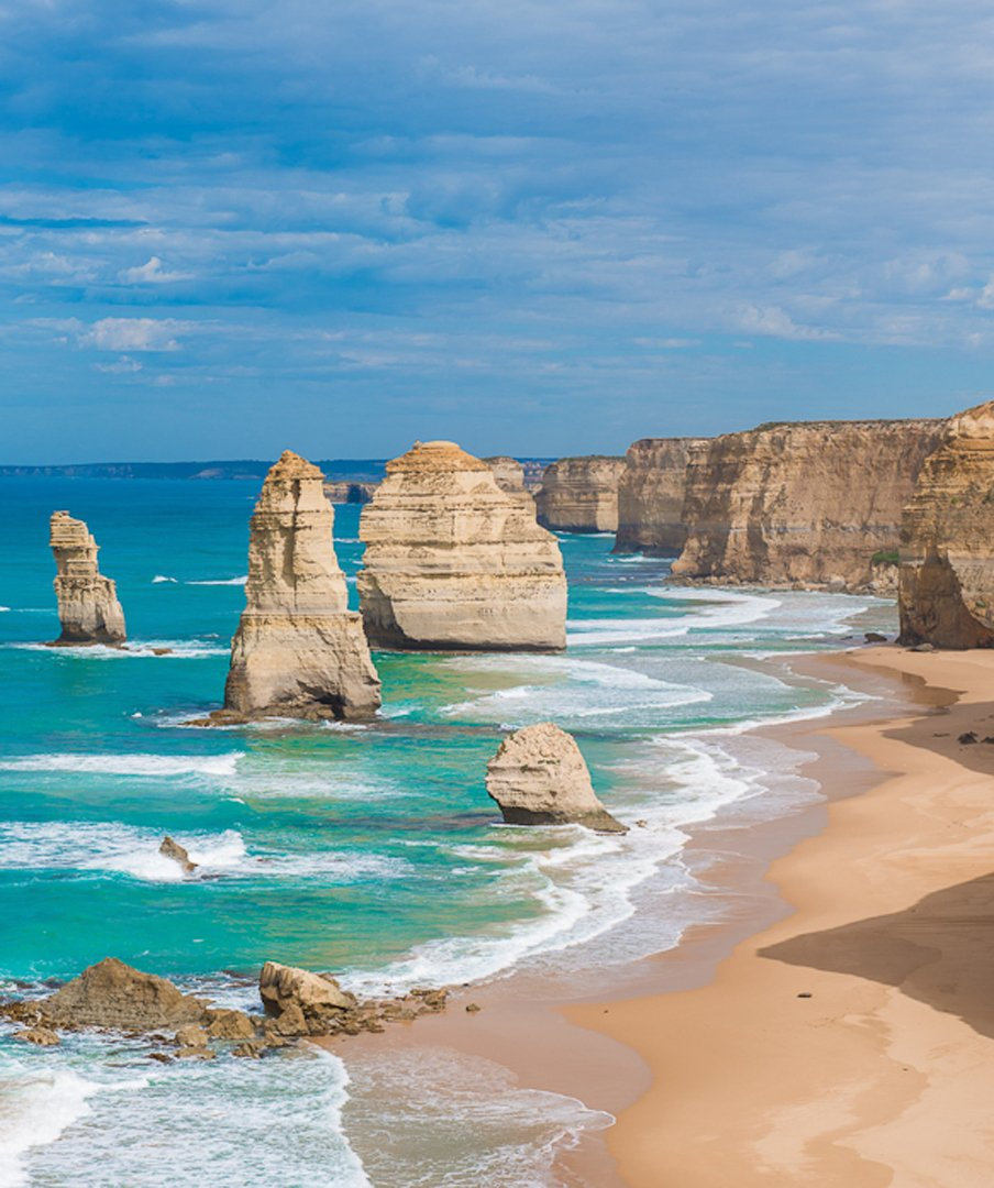 Best roadtrip of 2015?  Take. One. Guess... https://t.co/oiv0vfYjxd @Melbourne #greatoceanroad https://t.co/LUSki5chRs