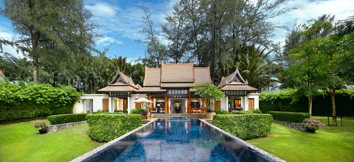 Please RT: Last chance to win £10,000 holiday to Phuket https://t.co/StyasWxvXm (closing date midnight GMT 3rd Dec) https://t.co/CnUYkRoAGj