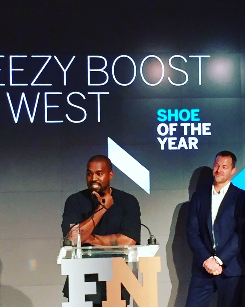 The Shoe Of The Year. #YEEZY. The Man himself @kanyewest #FNAA @FootwearNews https://t.co/vOZS1XO4GL