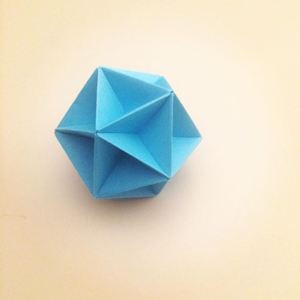 Modular Origami - spiky balls and stellated polyhedra models ... | 1024x1024