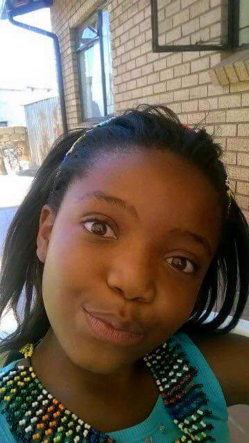 9 year old #BongiweNgubeni is missing. Please RT until she's found. https://t.co/tXRjVJ1Lpg