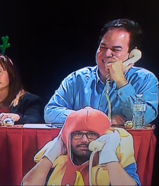 Having #fun on #tv yesterday with @JasonBigfoot @WPBF25News @KVJShow #priceless look on the #hotdog face @850WFTL https://t.co/W8v2BGYWLL