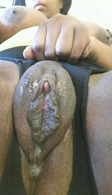 Ebony with swollen clit fucks white guy 8