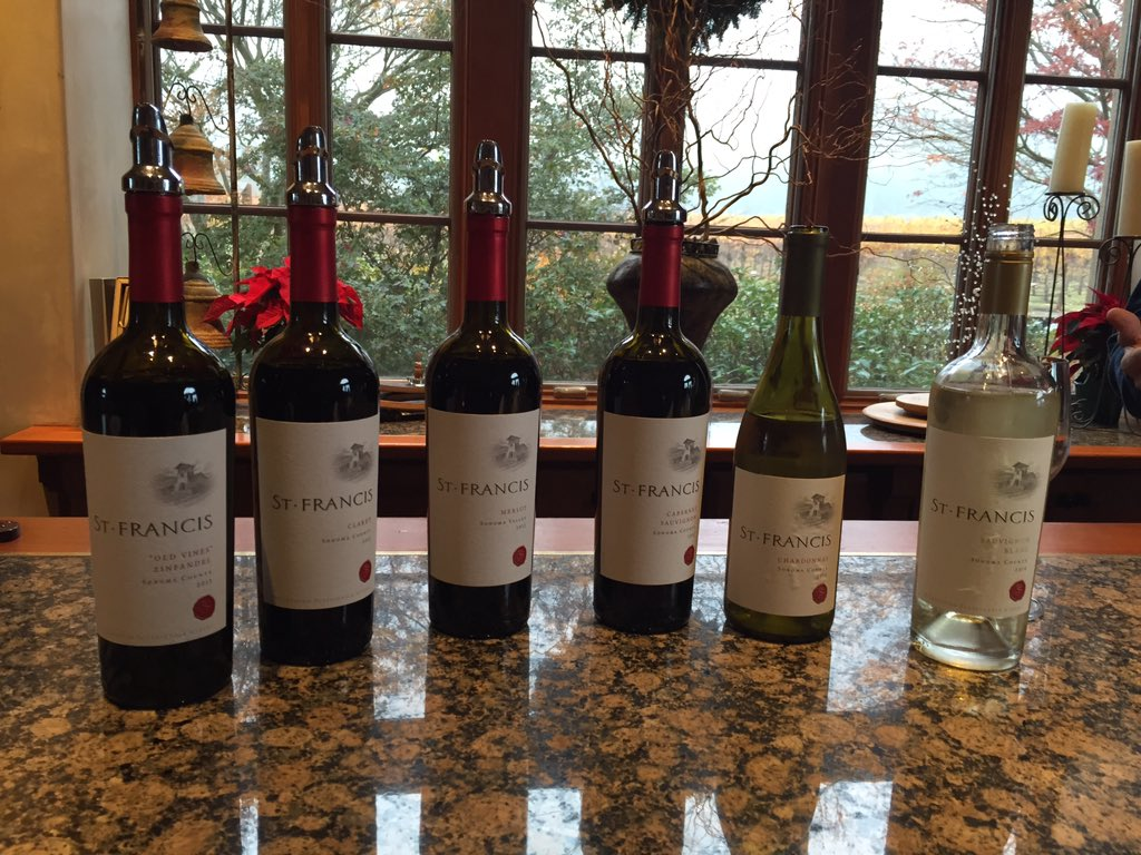 The 8:30 AM line up this morning.  All excellent but my fave is the #merlot #stfranciswinery https://t.co/CzVLJIEJ0Y