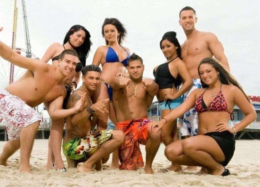 6 years ago jersey shore aired! What an amazing ride it has been.  #forevergrateful https://t.co/FQCS0DPbrt