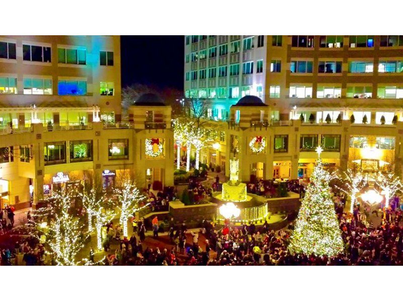 Reston Town Center December Event Calendar https://t.co/jTJUpiQmG7 https://t.co/FS3SQ1ozMu