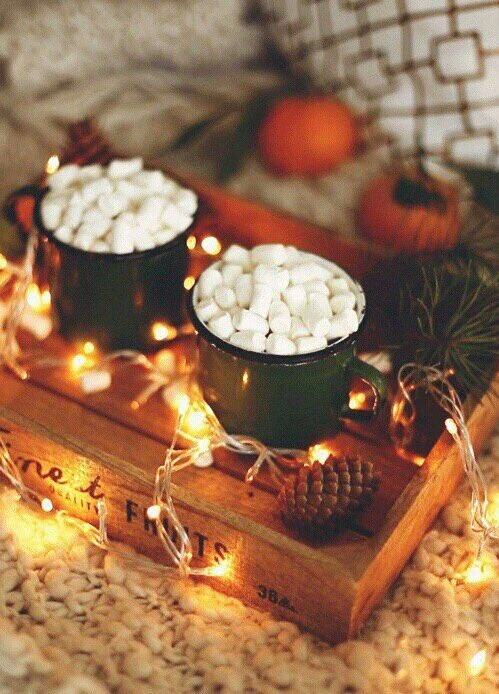 December is my favorite month 😍🙌☕️