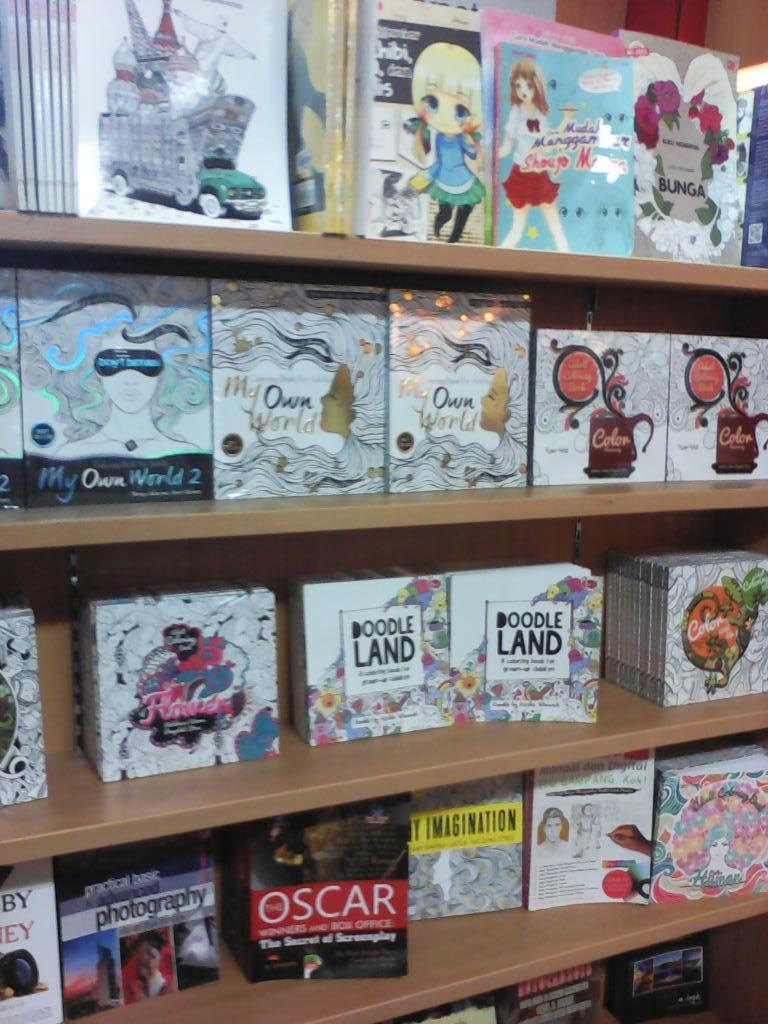 Gramedia Kediri On Twitter Lagi Best Selleer Nih Adult Coloring Book Yuk Segera Koleksi Bukunya Now Ready Stock