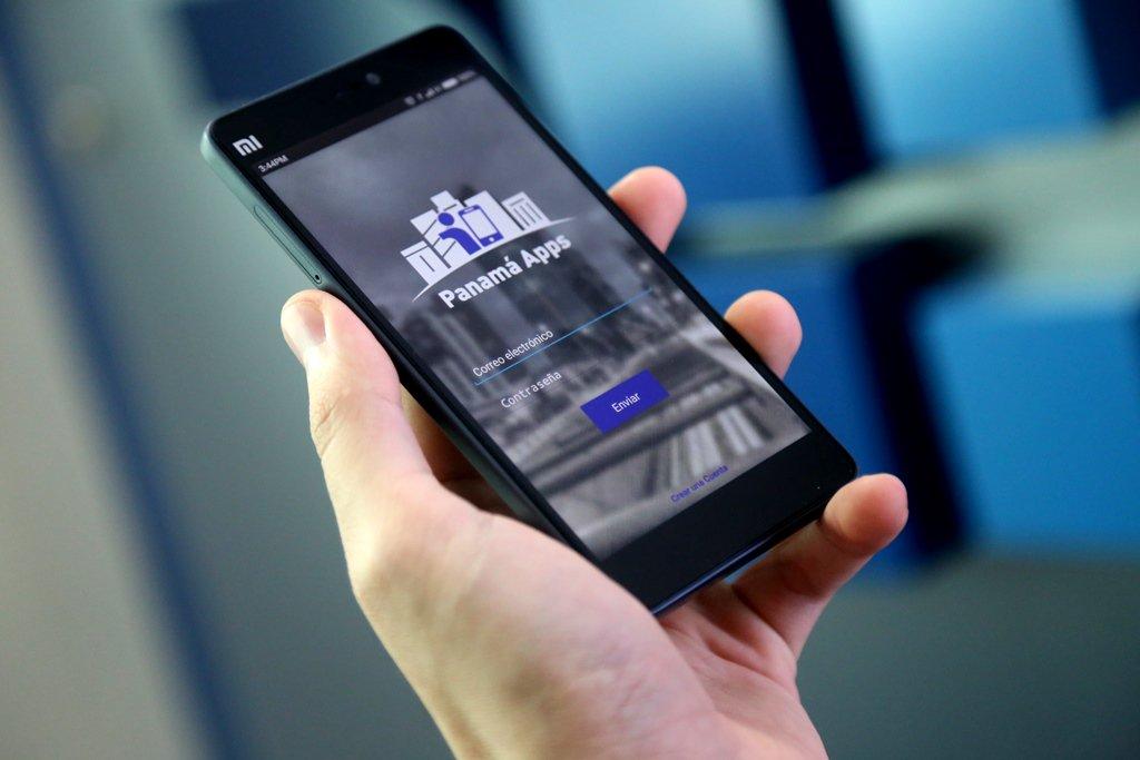 Gobierno de Panamá hace historia al ser primer país en la región en lanzar aplicativo móvil Estatal  #PanamáApps https://t.co/eBi80Dr7Ql