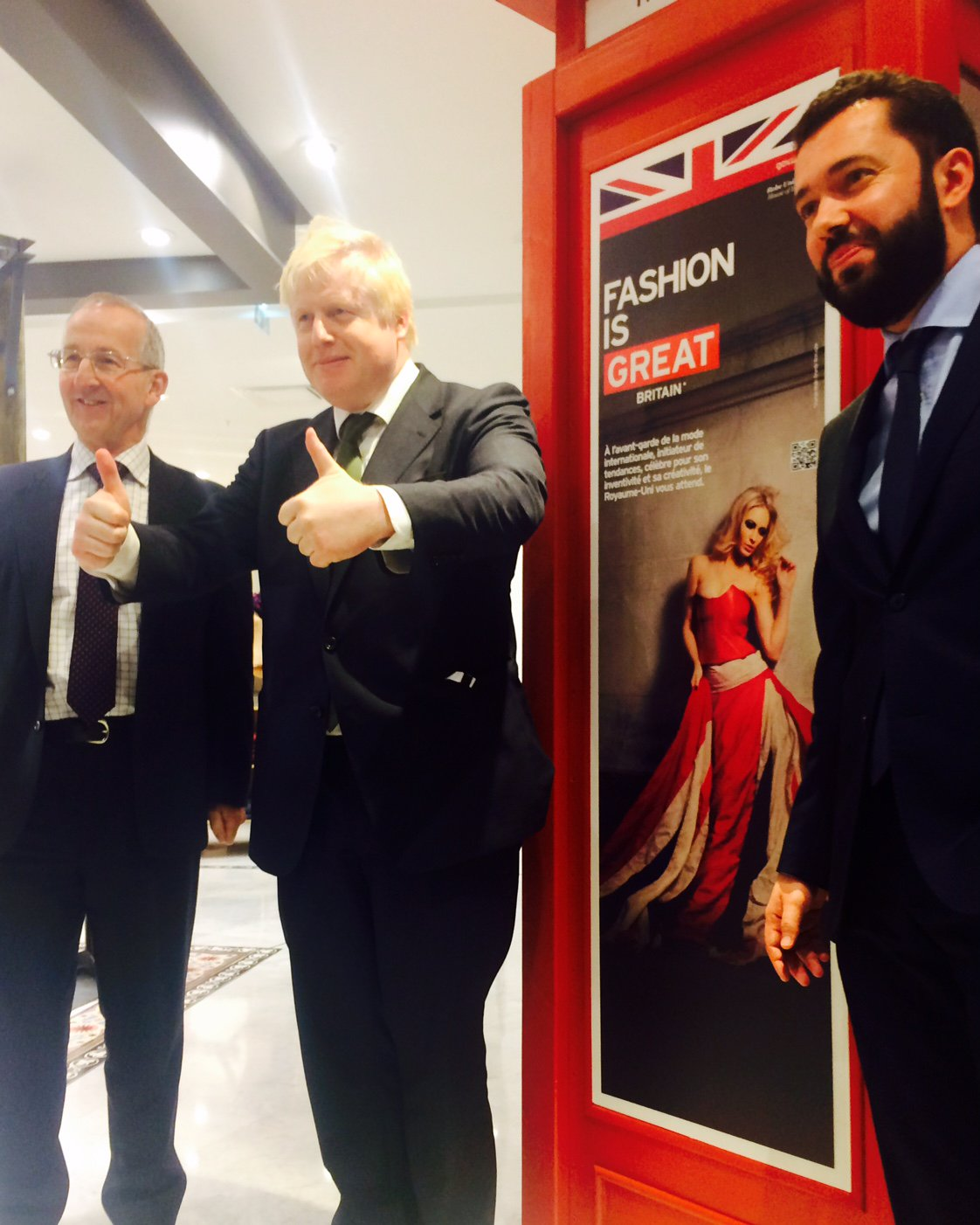 Last night I visited @leBHVmarais store w/ @HMARicketts in Paris to launch @UKTIFrance 's British Christmas campaign https://t.co/piDOsghVKk