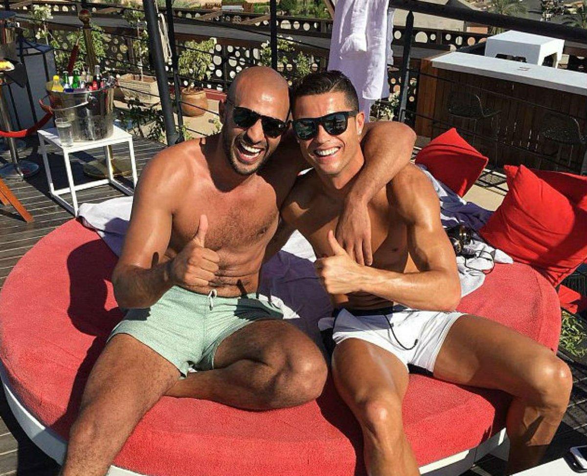 Тренер и спортсмен геи фото 376-638