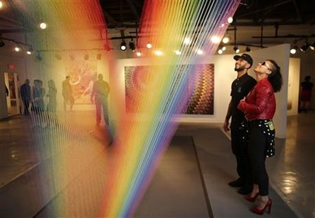 #AliciaKeys performs at #SwizzBeatz art collection Art Basel #ABMB @THEREALSWIZZZ https://t.co/AaASSRyzEP