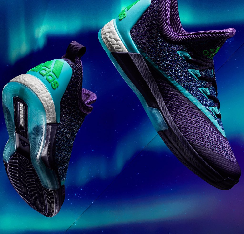 The Aurora Borealis Collection x @adidasHoops #crazylightboost 2.5 for @NBA All Star Game 2016 is