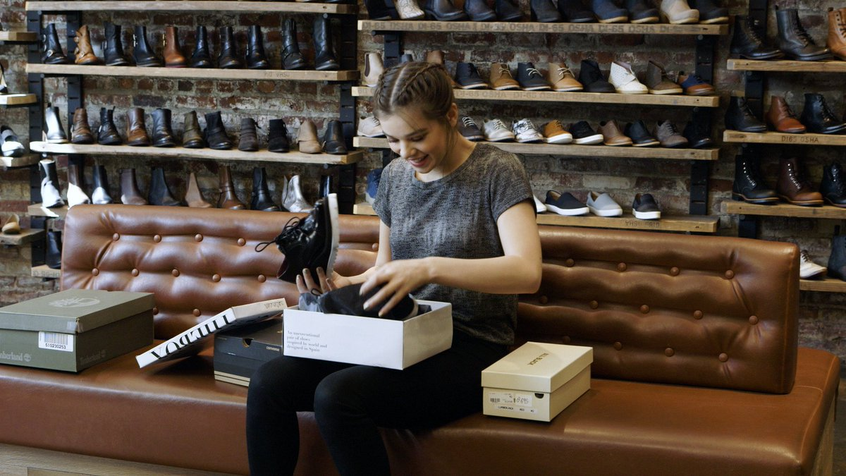 @HaileeSteinfeld doing some serious shoe shopping at our #williamsburg spot @Timberland @Converse @SixtysevenShoes https://t.co/rSNnQmfHw4