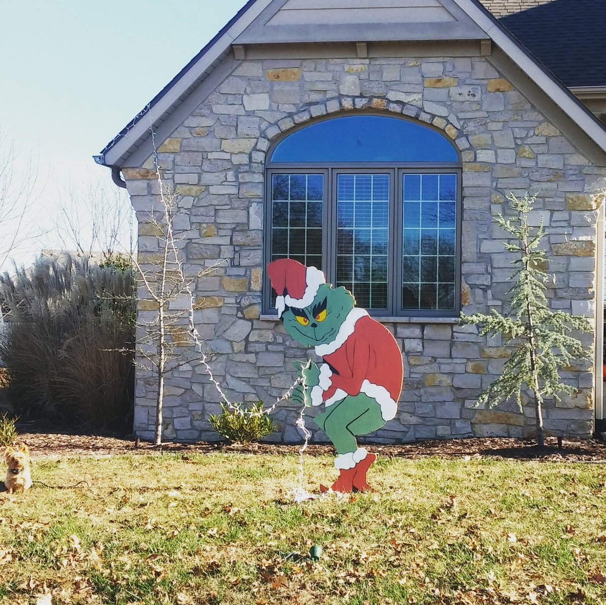 Captivating The Grinch Is Stealing The Lights Right Off My House U0026 My Secret Service  Dog Is Just Sitting There! #grinch Https://t.co/AUkzmR0MbF