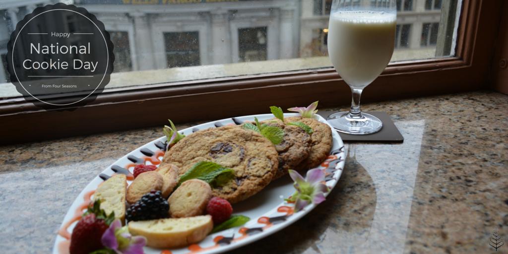 Cookies + Milk = True Happiness! Happy #NationalCookieDay https://t.co/8G16PBQ9pV