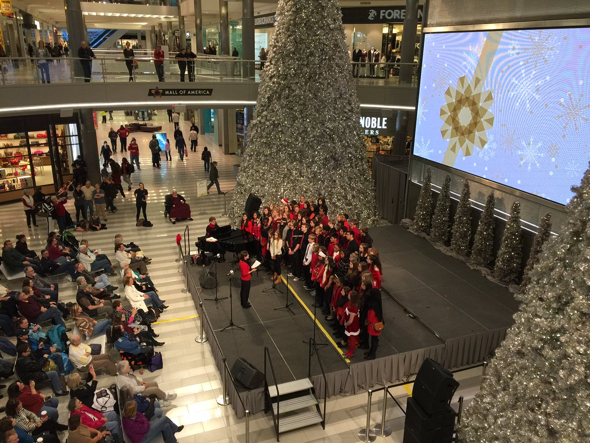 mall of america on twitter holiday music festival continues in the rotunda with the nicollet singers httpstcoanoxeiwi9u moaholiday - Mall Of America Christmas Decorations