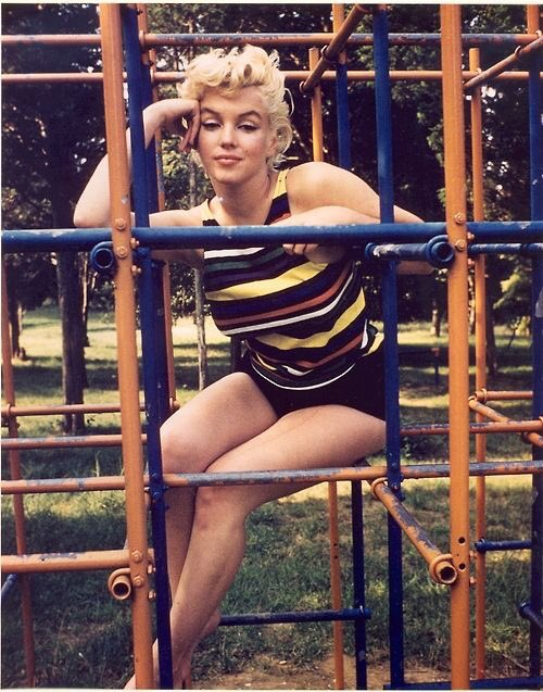 Eve Arnolds 1955 Photo Of Marilyn >> Throwbacks On Twitter Marilyn Monroe Shot By Eve Arnold 1955