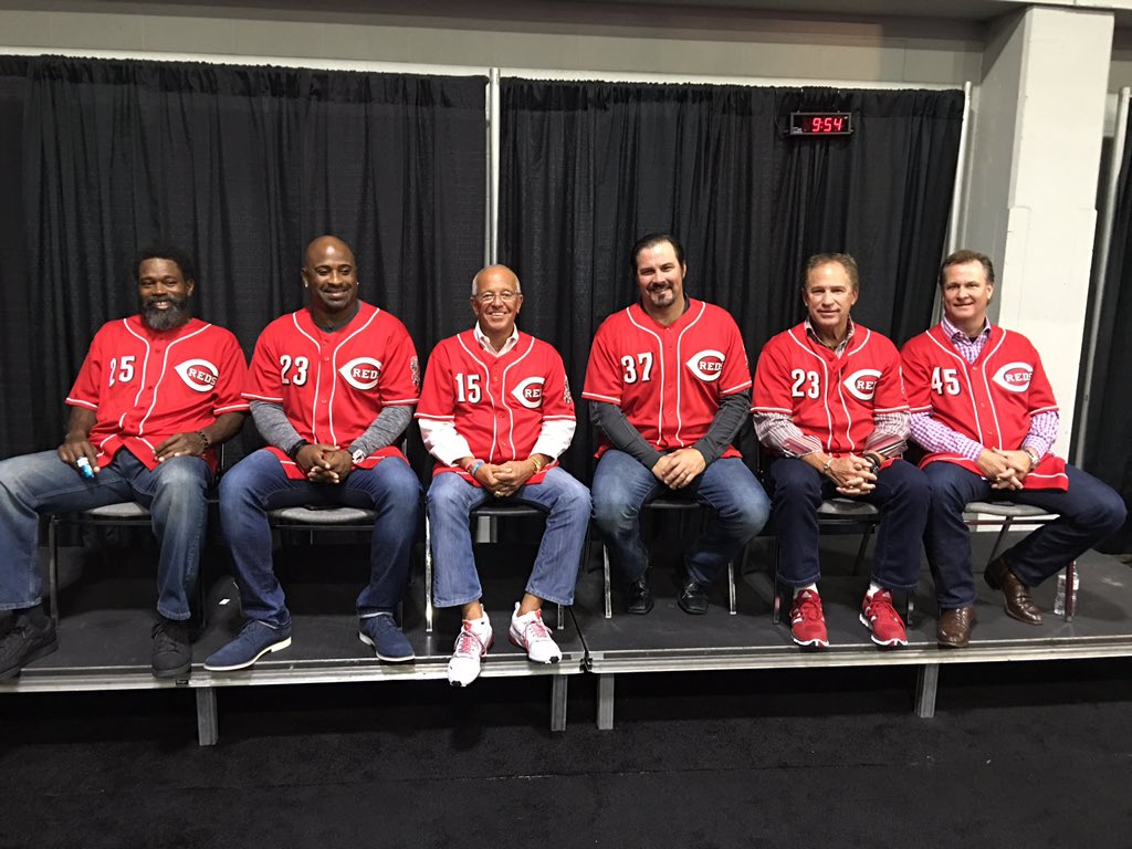 Marty and @Reds alumni #Redsfest https://t.co/96MlsujKQj
