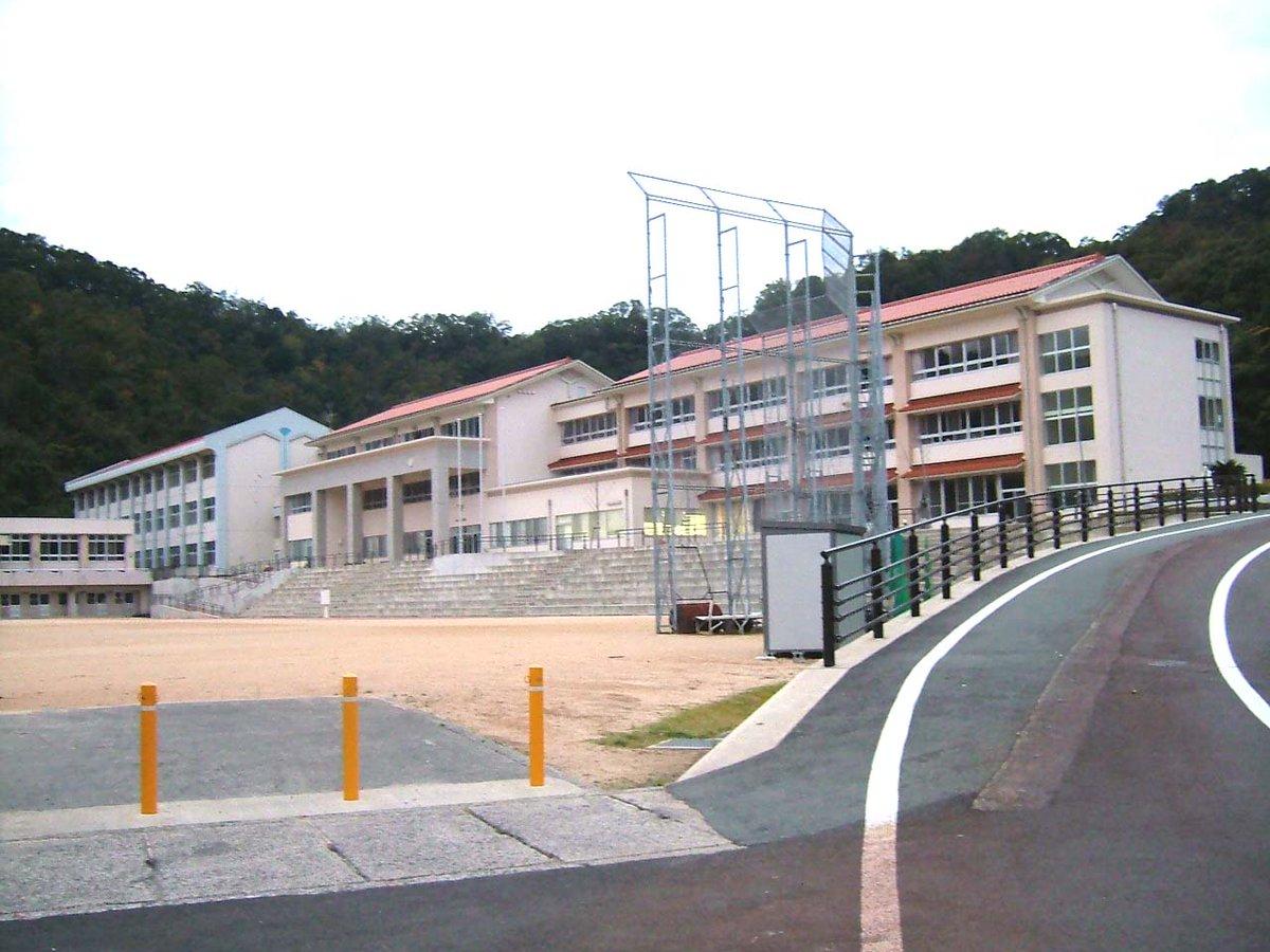 【ハイスピ聖地】メインの舞台となる中学校のモデルは岩美中学校。これはPVで情報が出ていましたね。 #ハイスピ https://t.co/ztdypmpTHL