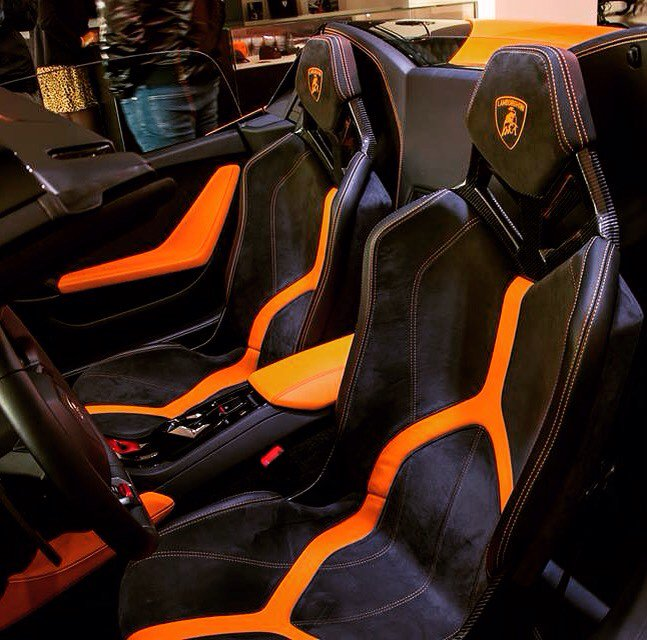 lamborghini madrid on twitter another pic from our huracan spyder presentation exclusive bucket seats with orange interior