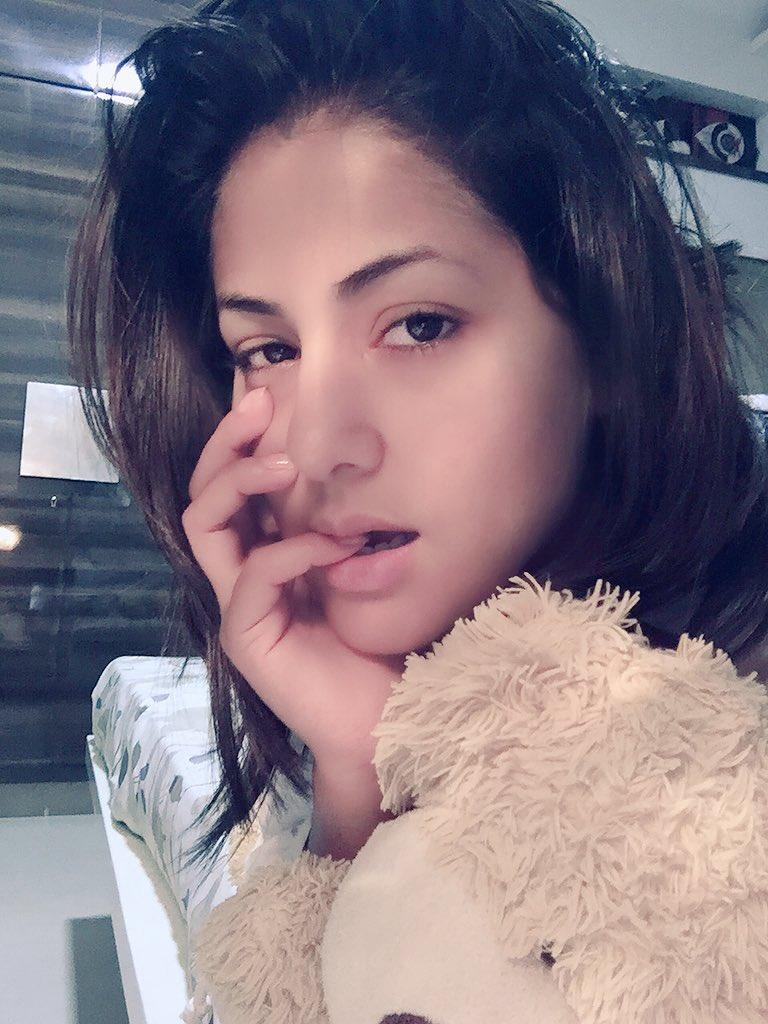 Hina Khan On Twitter Good Morning Tweeps Goodmorningselfie