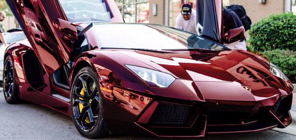 Wine red Aventador https://t.co/kdoTng4CXv