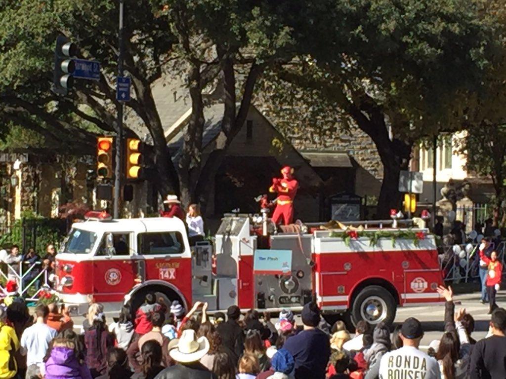Flash on a fire truck. Sensing a theme #dallasparade
