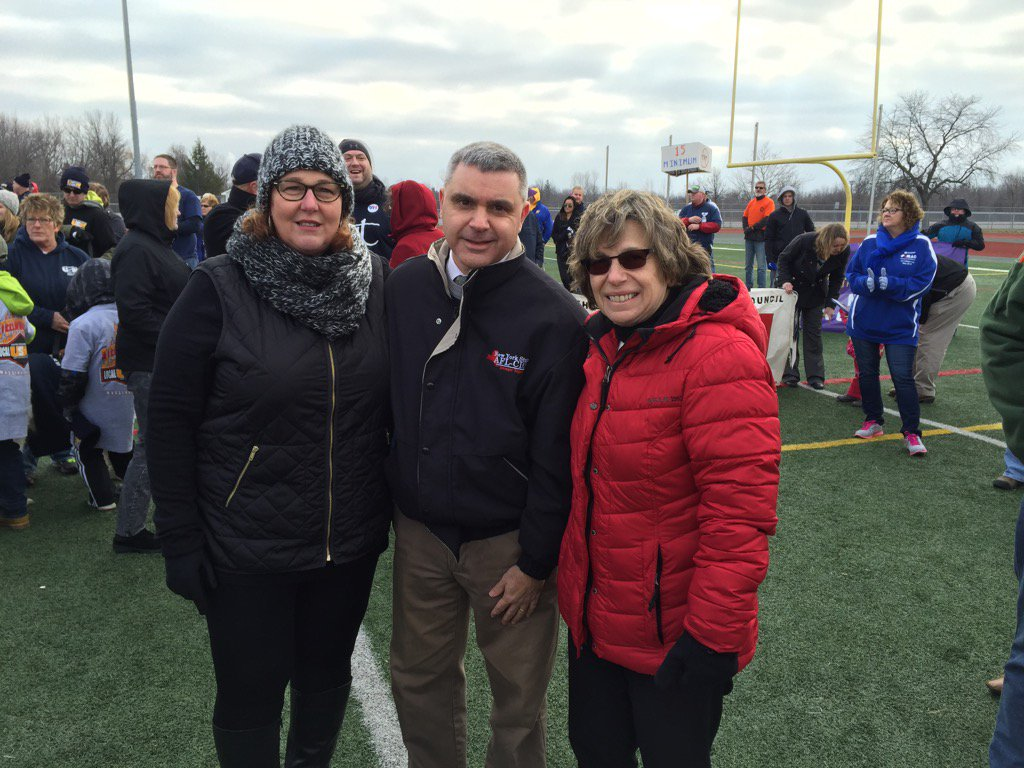 Proud to stand w AFT Pres Weingarten,NYSAFLCIO Pres Cilento supporting the community of Massena. People over Profits https://t.co/c9rzpxngd6