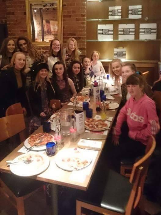 Carnmoney Ladies Fc On Twitter Our U17 Squad Enjoying