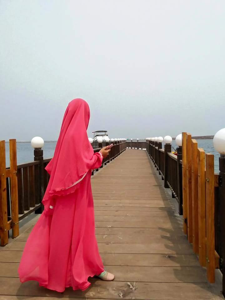 Image result for foto wanita jilbab syar'i