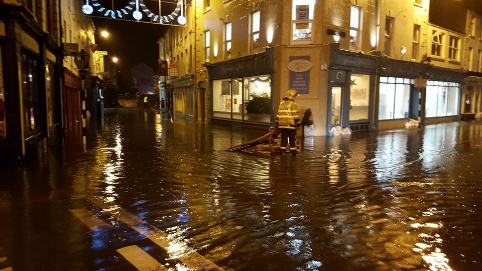 Not looking good in Bridge Street, Bandon https://t.co/AGhQIna7Ux