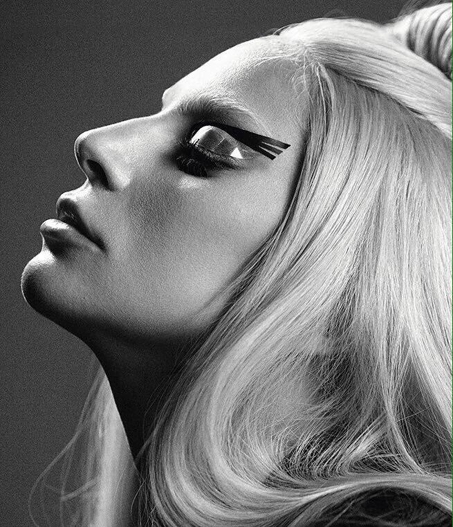 #MTVStars lady Gaga https://t.co/m4bpqSkxfi