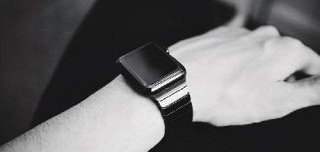 Prelevare il sangue senza ago, con lo Smartwatches di Google