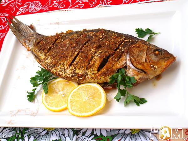 как приготовить рыбу карась в духовке видео