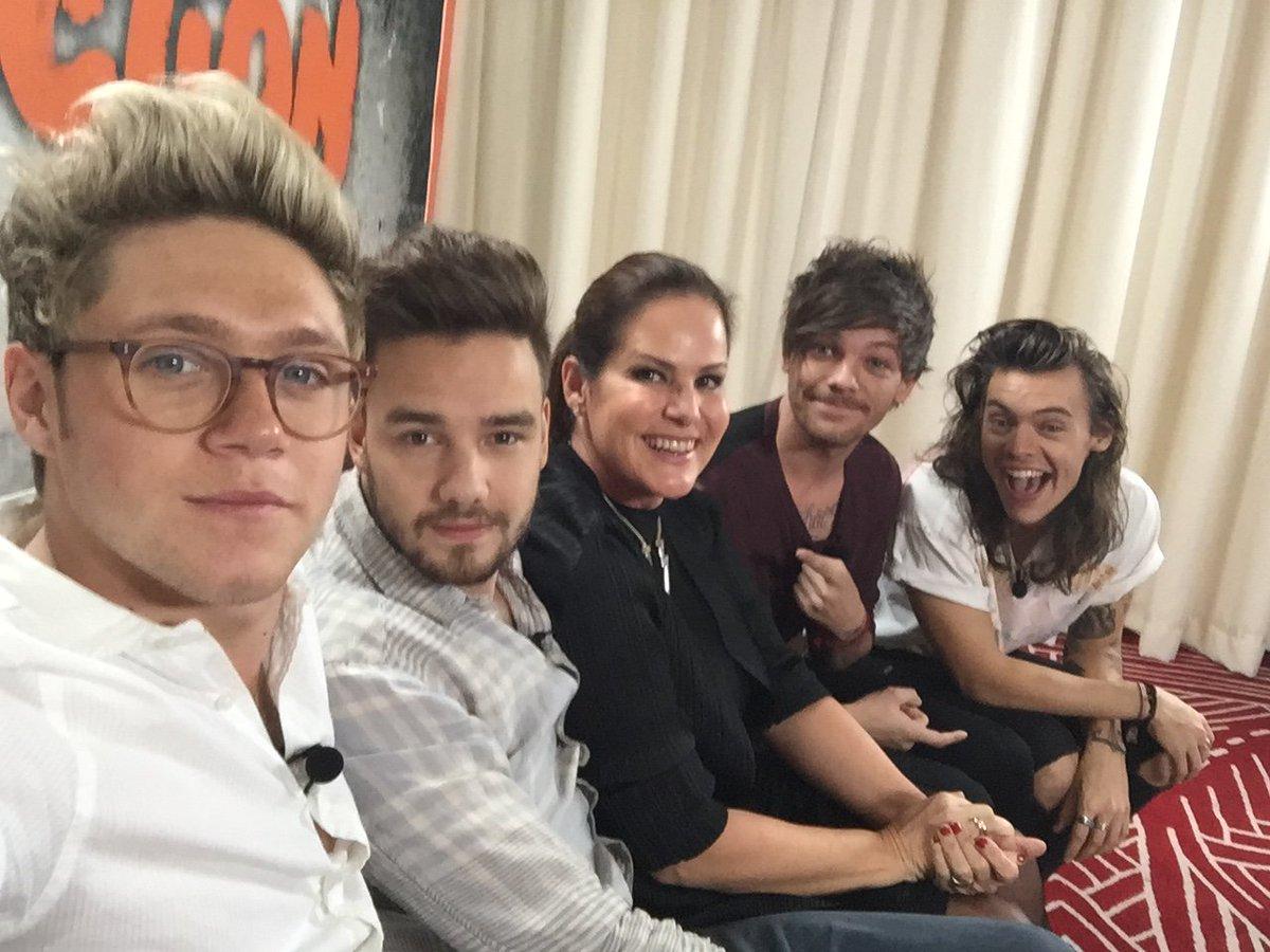 Sabe onde Harry, Liam, Louis e Niall vão aparecer hoje? No Fantástico! https://t.co/21PhvwX6oa #1DNoFantastico https://t.co/1kBocNo4xb