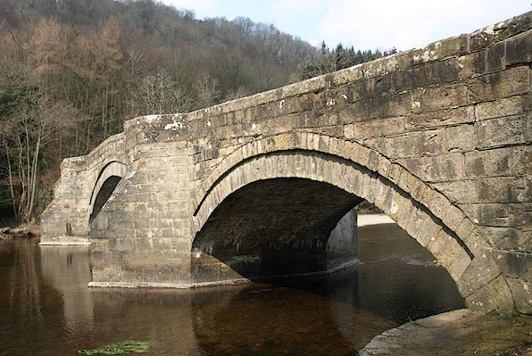 Poor Pooley Bridge in Cumbria, a Georgian beauty built 1764: before and after. Hope it can be restored. https://t.co/YB9pSDX1g3