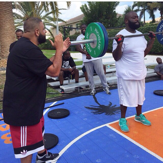 I need more friends like DJ Khaled and less friends like the dudes in the background. https://t.co/CXgVIRIwq3