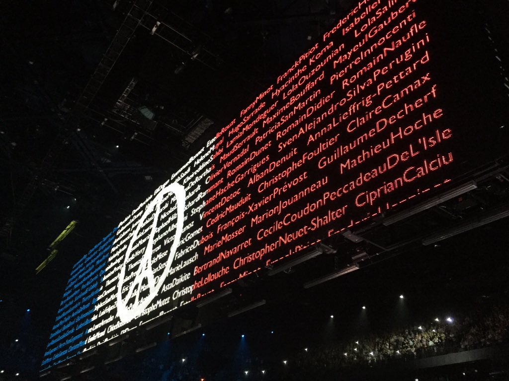 Beautiful tribute to those who are not with us anymore. #U2ieTour https://t.co/jO8Lt61Kfr