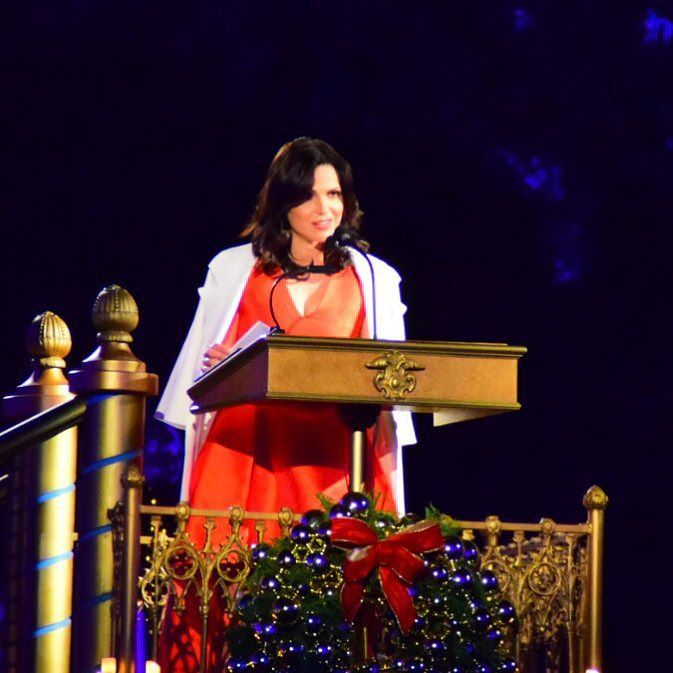 Lana Parrilla narrates tonight's #candlelightprocessional https://t.co/0PMBGH3R31