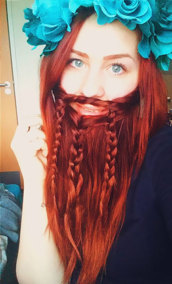 巷のロングヘアー女子の間でヒゲを編むのが流行ってるらしいけど、なにこれ、じわじわくる。みんな似合う。via @boredpanda
