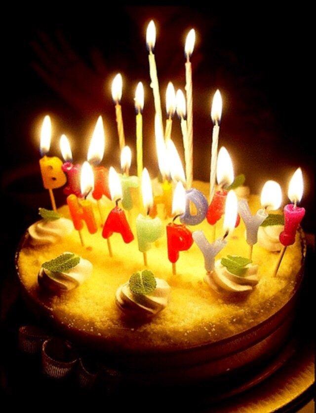 Гифки с днем рождения торт со свечами, открытки дню